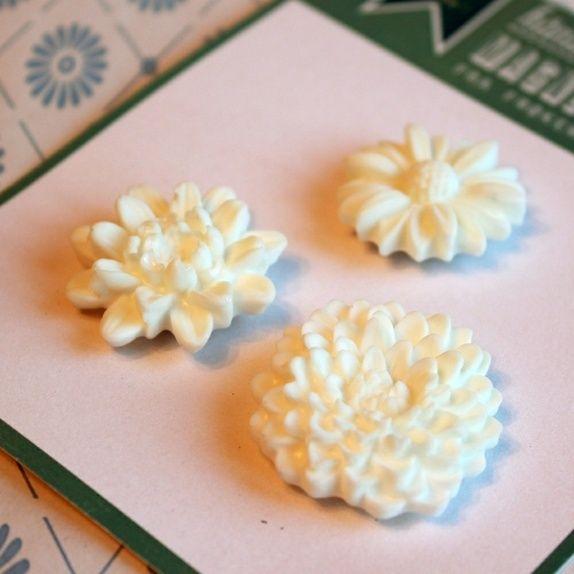3 magneter ❖ hvite blomster