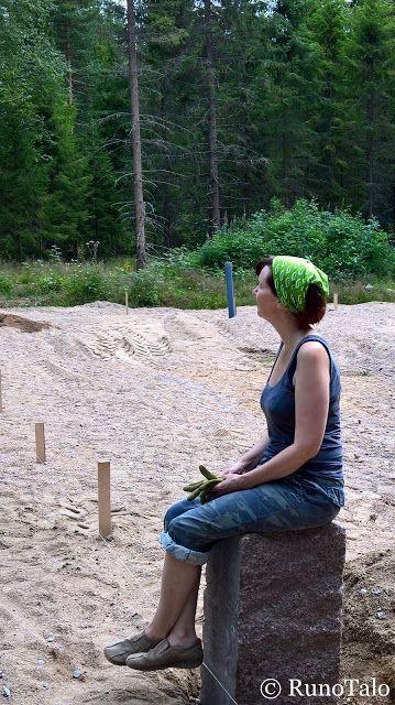 Runotalo Projekti: Kivijalkojen laiton aloitusta