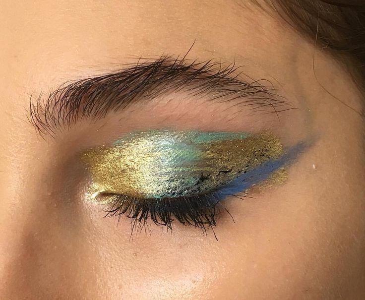 blue & gold metallic eye makeup