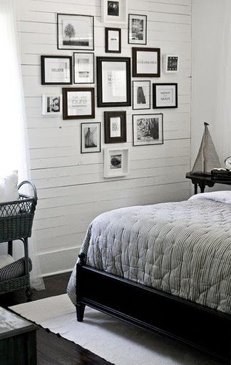 the lettered cottage - like this little gallery wall idea for my bedroom