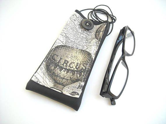 Circus hot air balloon iPhone 7 case lanyard eyeglass holder