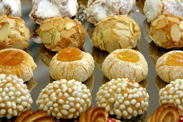 Just in time for Easter, here's the ultimate guide to Italian cookies, pastries and desserts.