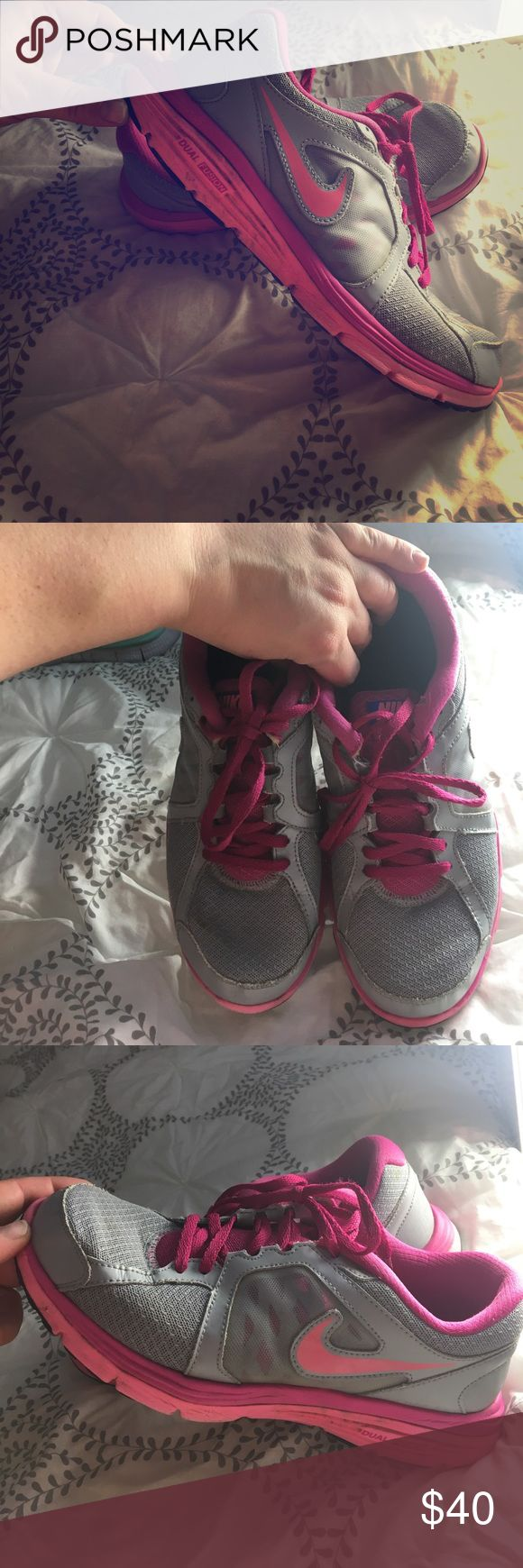 Nike Dual Fusion Run Pink and gray Nike Dual Fusion Run. Size 9 women's. Worn, but good condition Nike Shoes Athletic Shoes