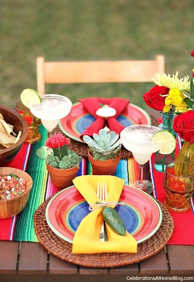 You'll love these tabletop and entertaining ideas for Cinco de Mayo