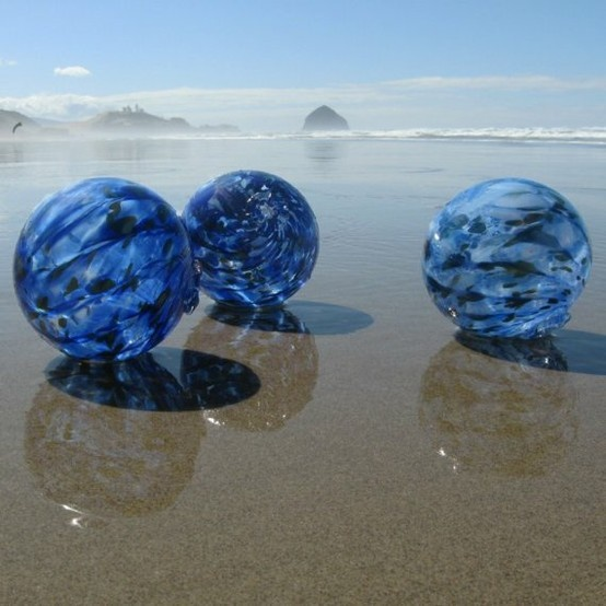 Blown glass floats from Oregon!  Amazing.