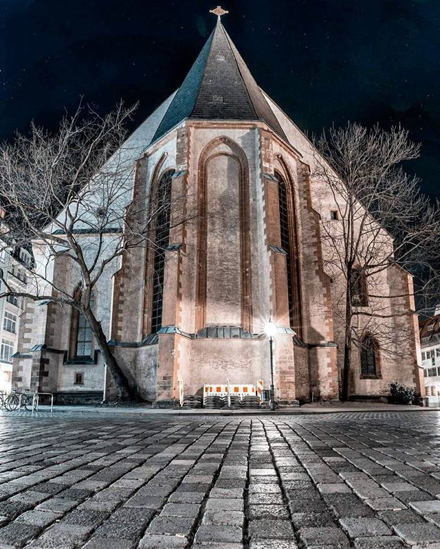 St. Nicholas Church Leipzig. The Mirrorverse is one of my favorite places. . . . . #visualambassadors #beautifuldestinations #moodygrams #ourmoodydays #artofvisuals #visualoflife #folkscenery #folkgreen #topgermanyphoto #ig_deutschland #deutschland_greatshots #in_germany #germany_online #weroamgermany #ig_Leipzig #rsa_outdoors #visualofearth #theimaged #liveoutdoors #lensbible #creativeoptic #vzcomood #simplysaxony #roamtheplanet #exploretocreate #vibeofvisuals #wildernessculture…