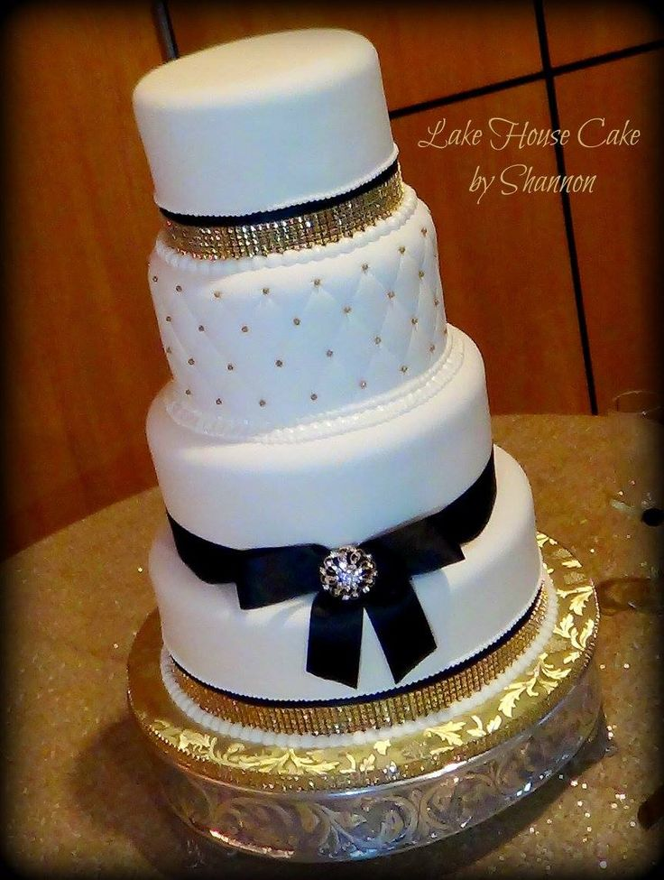 gold bling for wedding cakes 86 best images about wedding cakes on starfish 14746