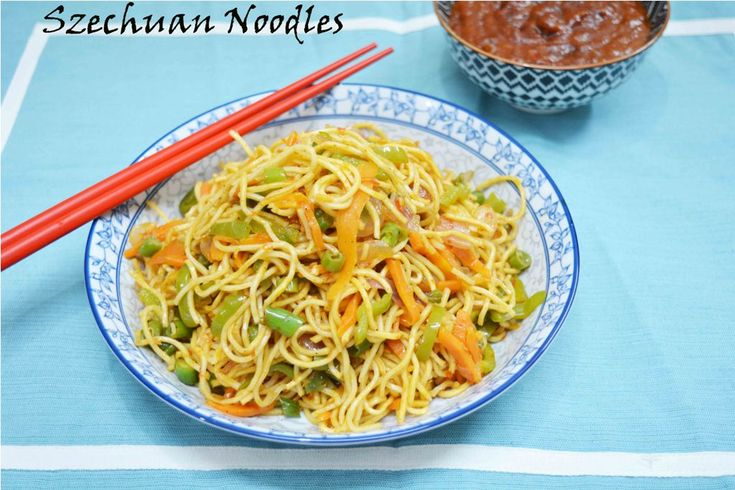 Veg Szechuan Noodles Recipe Fiery noodles on a hot Saturday evening #schezwan_noodles #streetfood #chinese #feelinghungry #yummy #foodilicious #vegan #indochinese #noodles Recipe at: www.annapurnaz.in