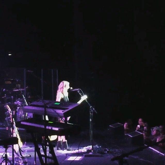 Jennifer Nettles, Tara Thompson, Brandy Clark & Lindsay Ell performed on Tuesday at The Wiltern