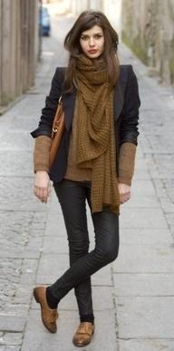 Skinny jeans, socks, and oxfords.