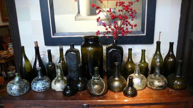 Antieke flessen - www.ruudvanderneut.com