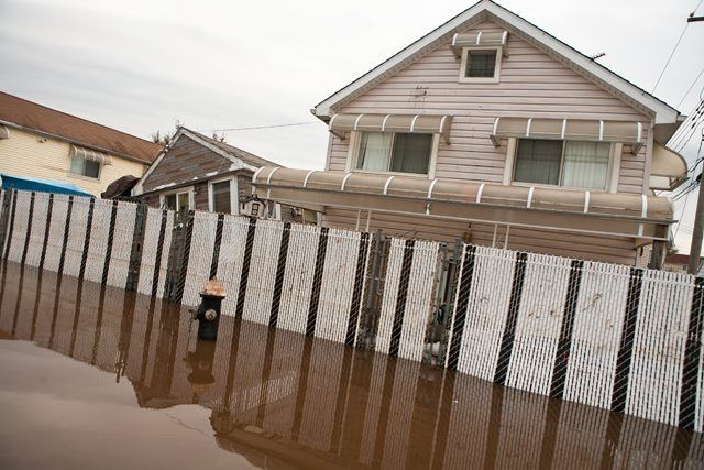 Staten Island Might Finally Get A $579 Million Levee To Help Minimize Hurricane Damage