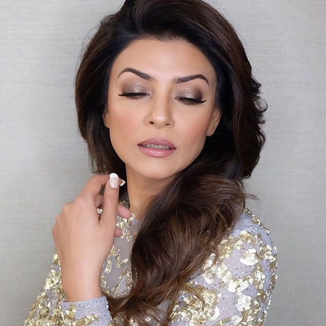 LOTD: Sushmita Sen Took Silver Eyeshadow Out of the '70s   Preview.ph