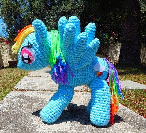 Rainbow Dash (My Little Pony)  By Miya Chan (Miyachan's Creations) #rainbowdash #mylittlepony #amigurumi #crochet