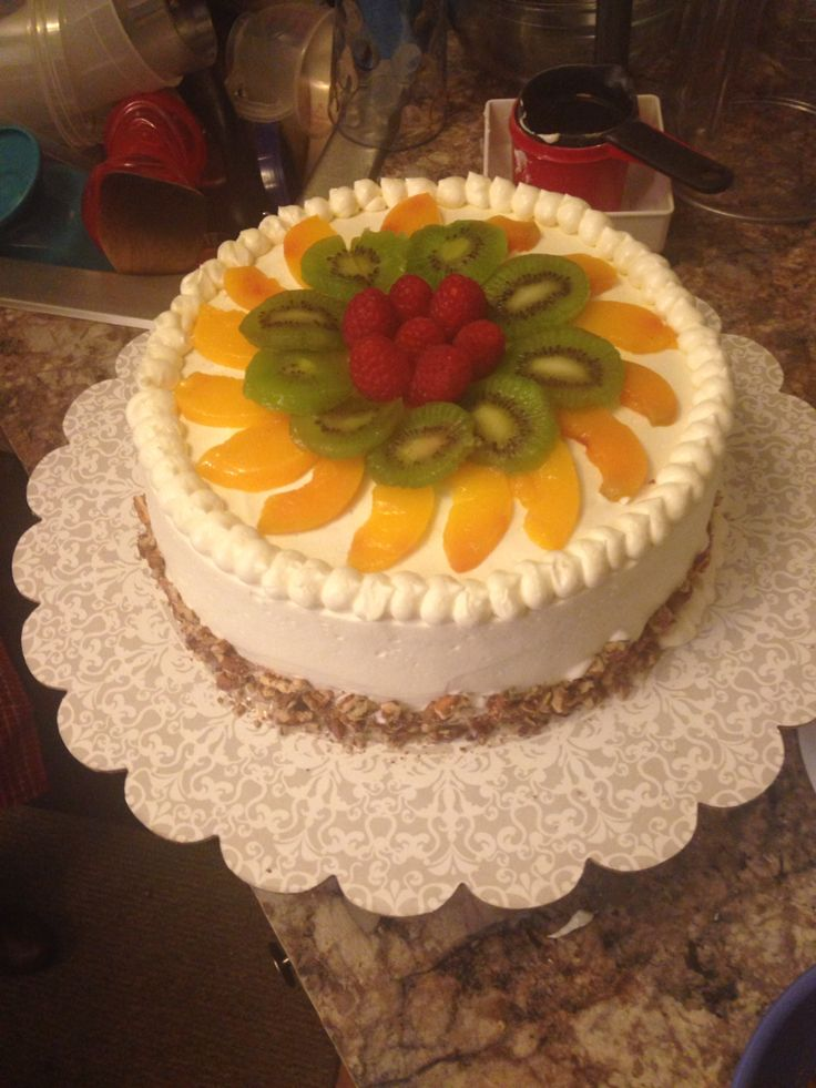 Tres lech cake with fruit
