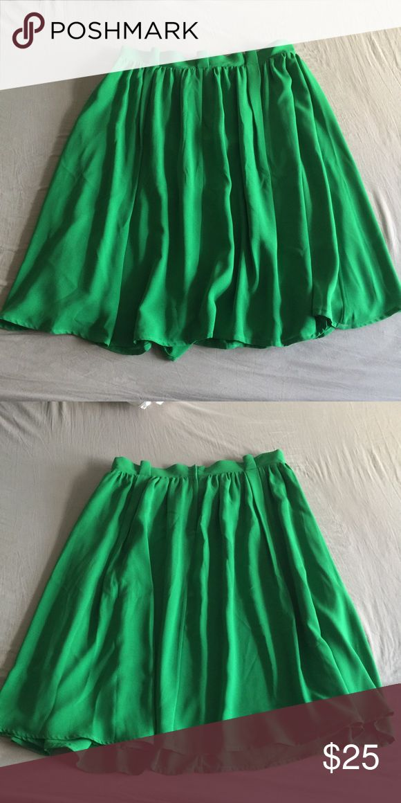 ASOS Curve Kelly green midi skirt size 16 ASOS Curve Kelly green midi skirt with pleats, zipper and button back closure, fully lined. No stretch please look at measurements. Worn once, in great condition.  Waist 34 Hips 48 Length 27 ASOS Curve Skirts Midi