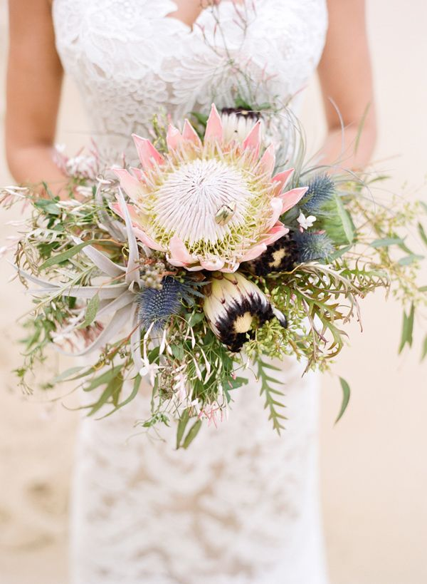 Elegant Oahu Wedding - bouquet by Passion Roots