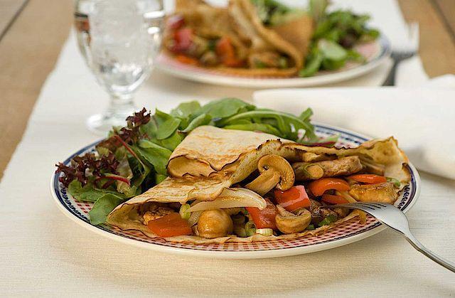 Recept voor Maaltijdpannenkoek met kip en paprika