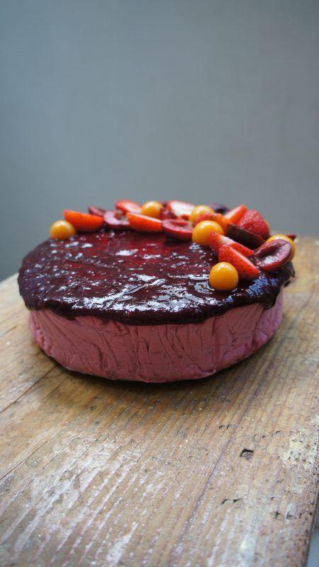 Birthday cake - catalinapenciu.ro
