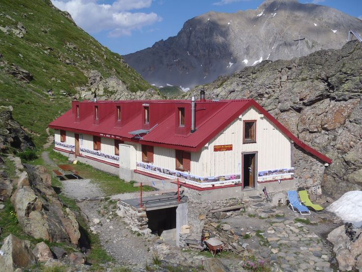 Cabane de Demècre | 2 361 m