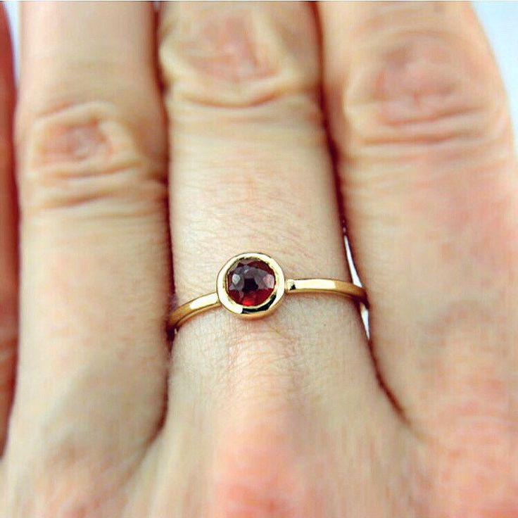 Red Garnet Ring here in Yellow Gold ❤️