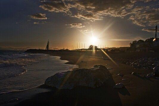 Atardecer en Candado Beach #malaga #restaurantes #puestadesol #sky