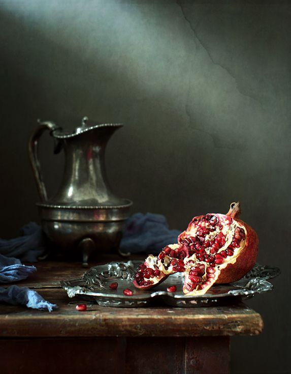 photo: Гранат-растерзанная плоть | photographer: Диана Амелина | WWW.PHOTODOM.COM