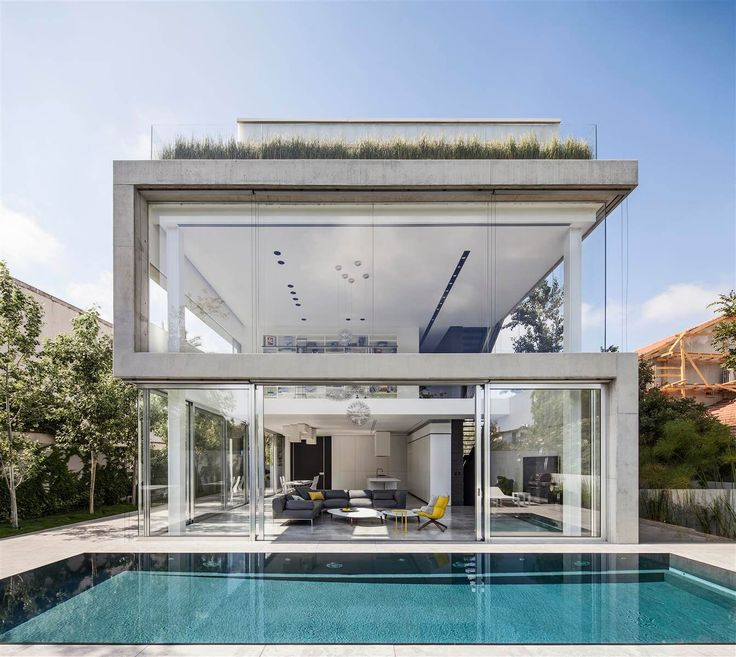 House in Ramat Gan by Pitsou Kedem Architects | HomeAdore