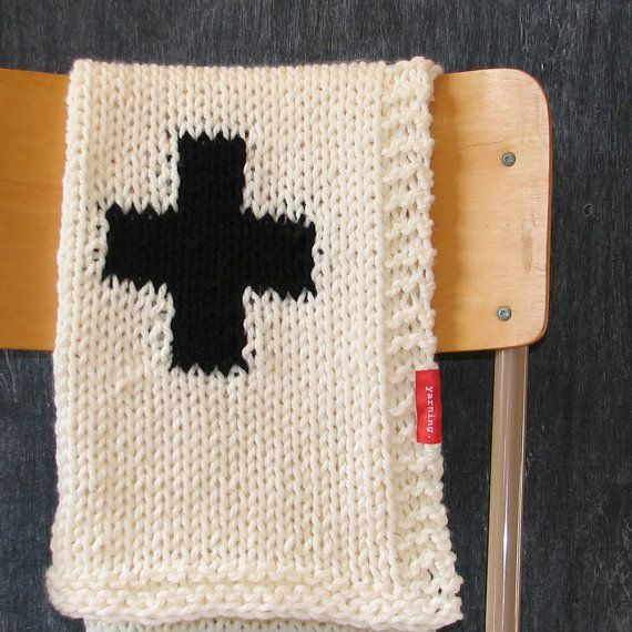 Knitting Pattern For Bassinet Blanket : 125 best images about Swiss Cross Love on Pinterest Red ...