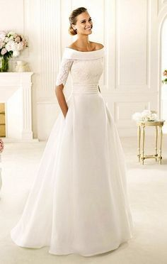 Wedding Dresses With Pockets Style Ideas : wedding dresses with pockets and sleeves  I love this dress!! so much!!! It would go great with a cloak/cape I also want in my wedding!!!