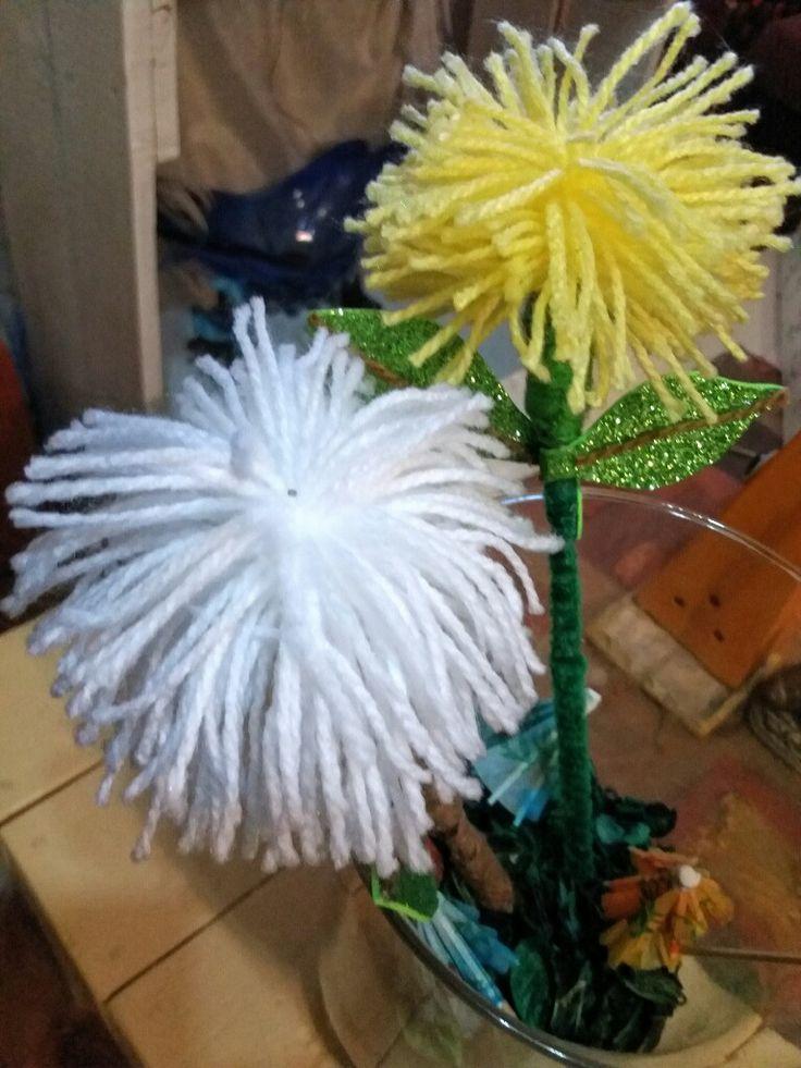 Flores con lanas