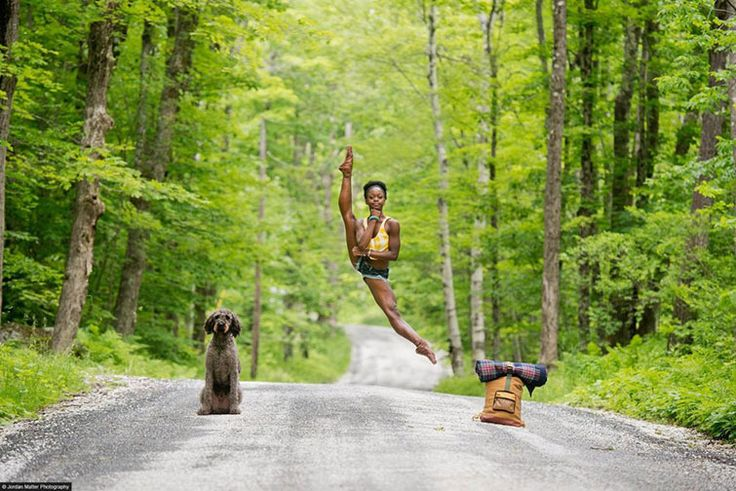 22 Photos Of Dancers That Were Captured At The Perfect Time!