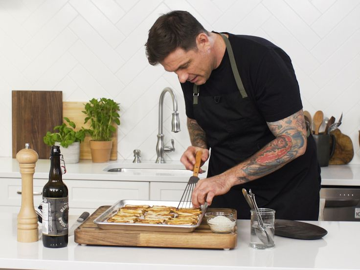 Chef Secrets with Chuck Hughes: Perfect French Fries