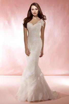 Marisa Wedding Gown Style #923