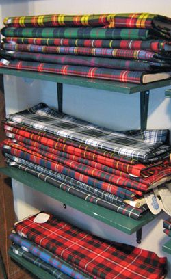 Scottish Tartans #wedding -http://www.chicagoscots.org/