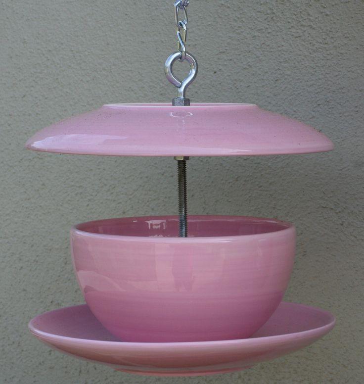Birdfeeder cup and saucer