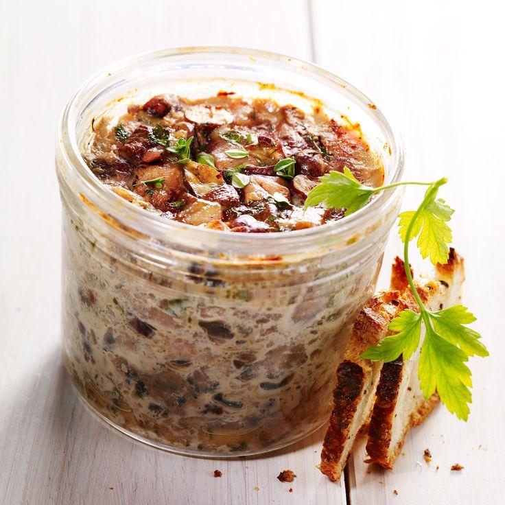 Découvrez la recette Pâté de campagne aux châtaignes sur cuisineactuelle.fr.