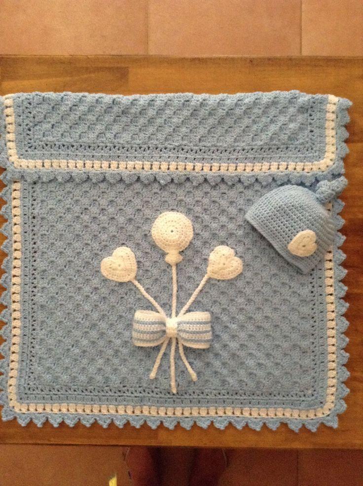 C2C Pram Blanket and love knot hat