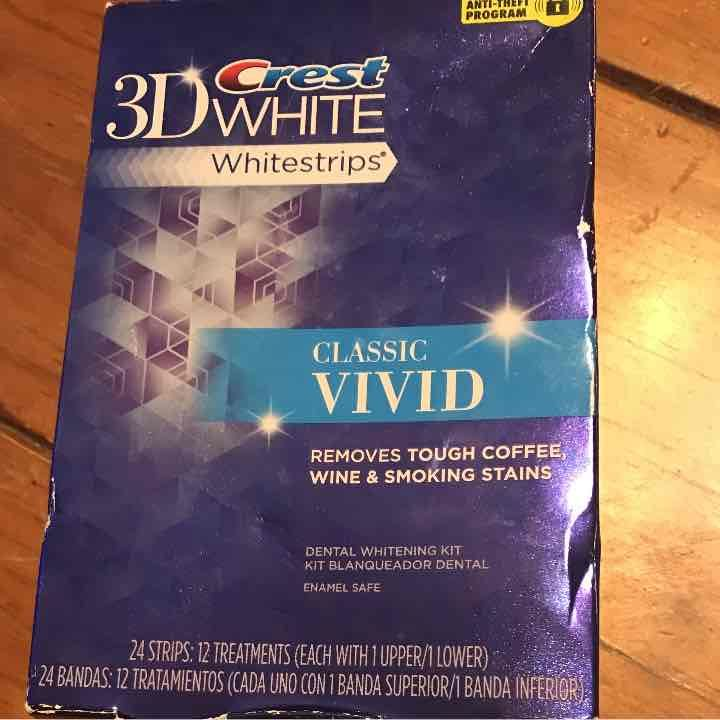 22 3D Crest White Strips classic vivid - Mercari: Anyone can buy & sell