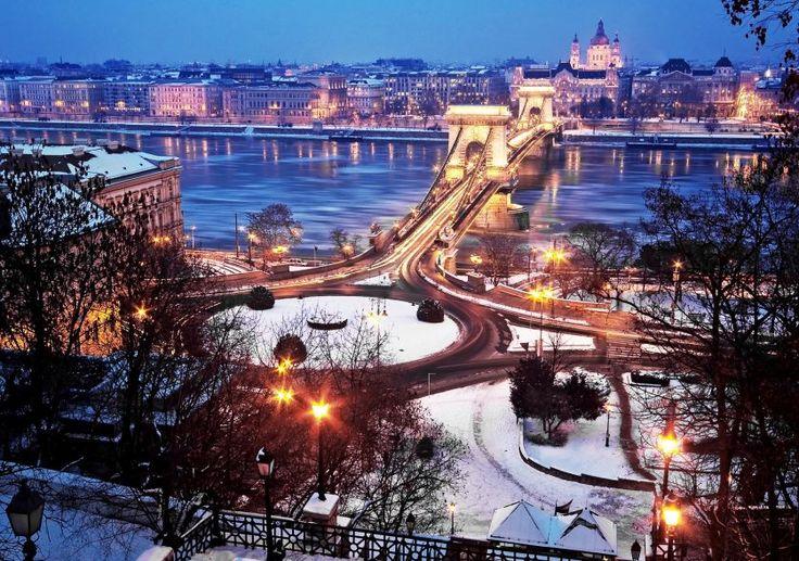 Γιορτές στη Βουδαπέστη με επίσκεψη στην καμπή του Δούναβη- 5 ημέρες – Antaeus Travel | Γραφείο Γενικού Τουρισμού Budapest XmasChristmas Holidays travel antaeustravel