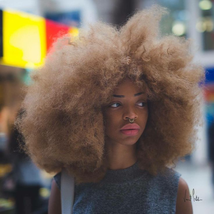 dark blonde natural hair, afro hair, black girl stylin'