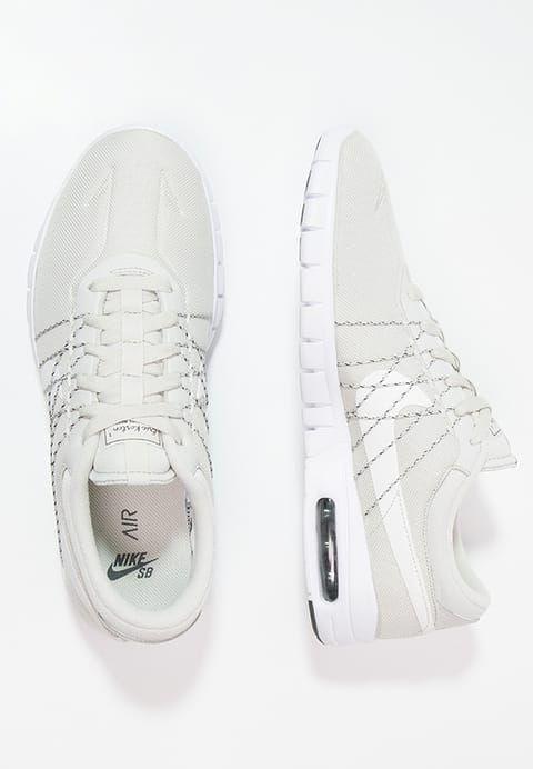 Schoenen Nike SB SB KOSTON MAX - Sneakers laag - black/white Zwart: € 134,95 Bij Zalando (op 28-1-17). Gratis bezorging & retournering, snelle levering en veilig betalen!