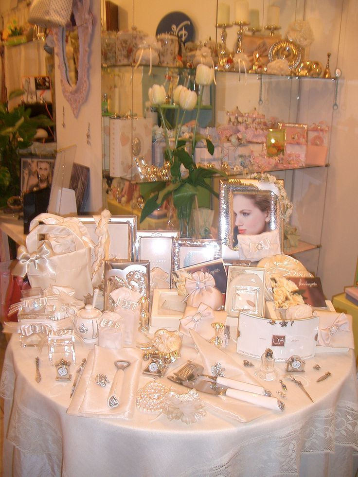 ... Weddings on Pinterest Sign of love, Thank you gifts and Name cards