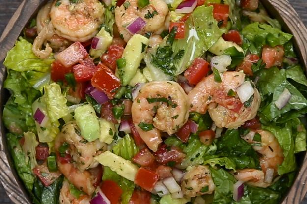 Here's a video showing you how to make it: | This Shrimp And Avocado Taco Salad Is A Flavor Explosion