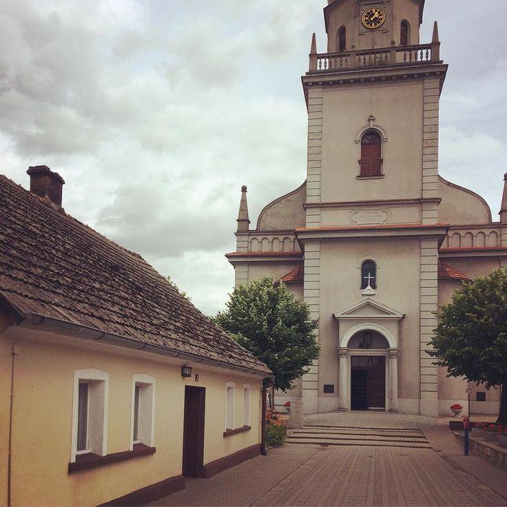 Typical small town in Wielkopolska - one of the regions in Poland. . . . #sulmierzyce #wielkopolska #igerspoland #igerseurope #igerseu #welivetoexplore #teamwanderlust #timeoutsociety #travelcommunity #wanderlustclub #wearetravelgirls #girlslovetravel #ladiesgoneglobal #thetravelwomen #femmetravel #wonderful_places #beautifuldestinations #travel_drops #exceptional_pictures #thevisualpassport