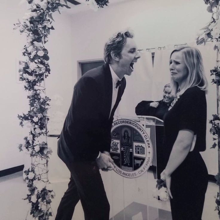 #tbt to when I cried at our wedding and @daxshepard thought it was really funny. A photo posted by kristen bell (@kristenanniebell) on Jan 26, 2017 at 12:19pm PST Kristen Bell and Dax Shepard are easily one of Hollywood's most relatable couples, and they have continued to keep us in stitches with