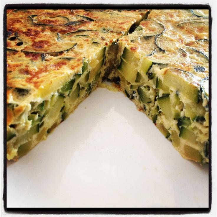 Tortilla de zapallitos, podes ver la Receta en: http://recetasargentinas.net/tortilladezapallitos.html