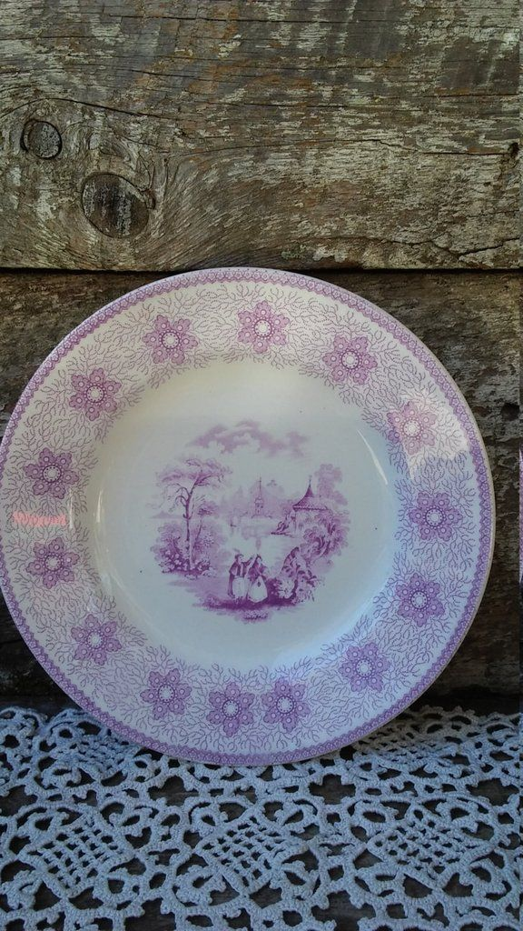 """~ LIGHT PURPLE/LAVANDER/ PORCELAIN OPAQUE SIDE PLATE ~ SIRIUS"""" A sweet little side plate in a light purple/lavander color. Each plate (I have several listed) is in womderful antique condition, NO CHIP"""