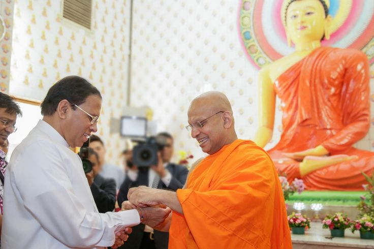 President Maithripala Sirisena and his delegation in Malaysia, visited Brickfields Buddhist Temple in Malaysia on December 17th. The Brickfields Theravada Buddhist Temple has been established by the Sinhala Buddhist people who live in Kuala Lumpur.