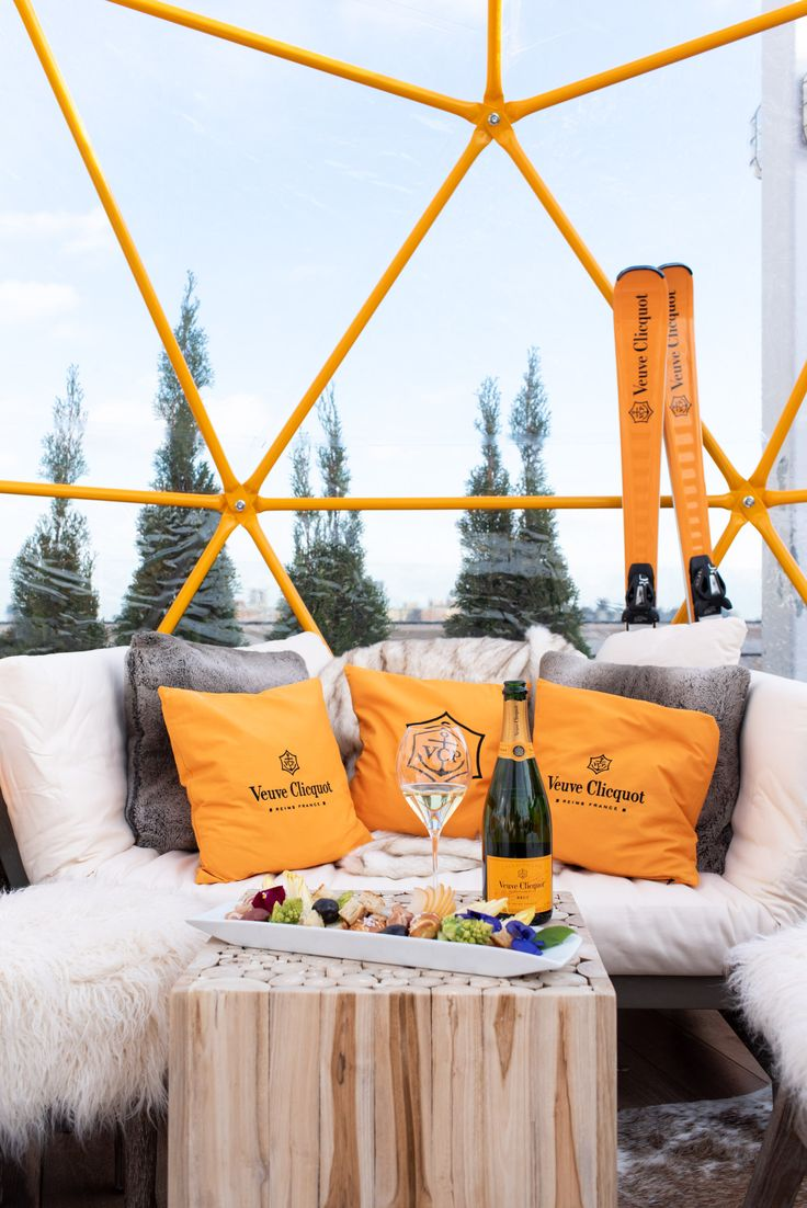how to pronounce veuve clicquot in french